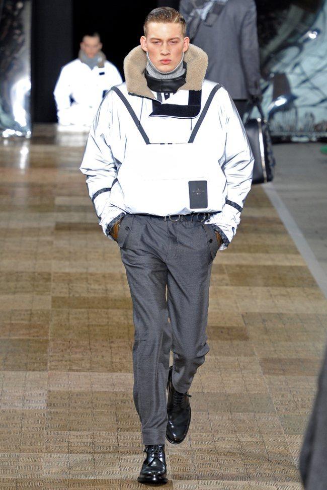 PARIS FASHION WEEK- Louis Vuitton Men's Fall 2012. www.imageamplified.com, Image Amplified5 (2)