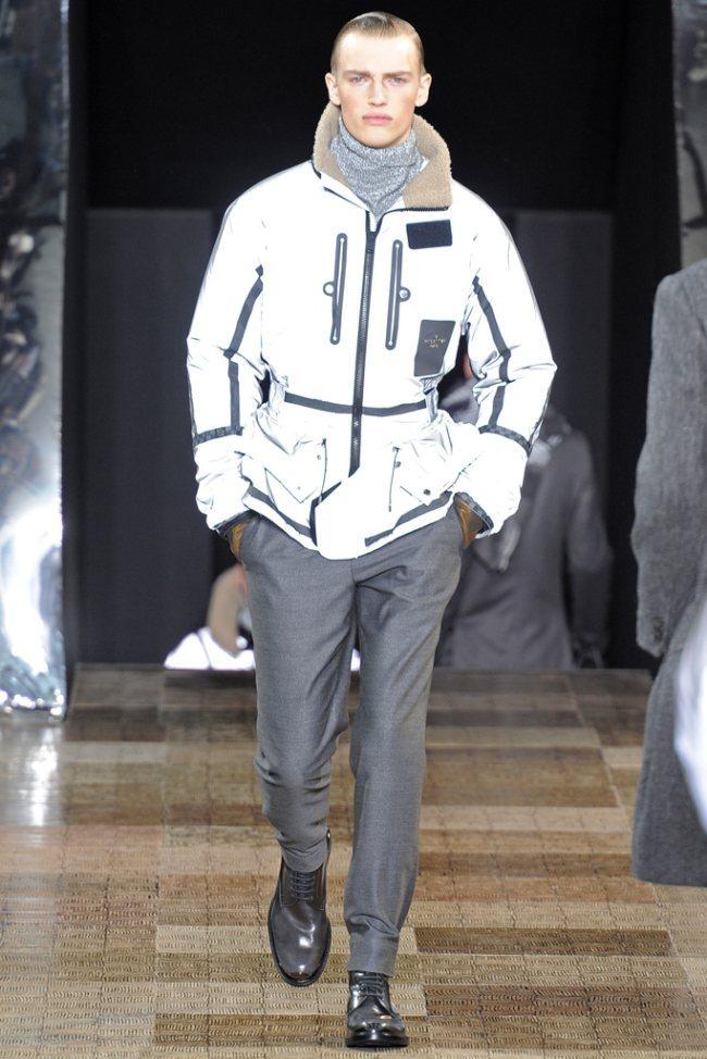 PARIS FASHION WEEK- Louis Vuitton Men's Fall 2012. www.imageamplified.com, Image Amplified6 (2)