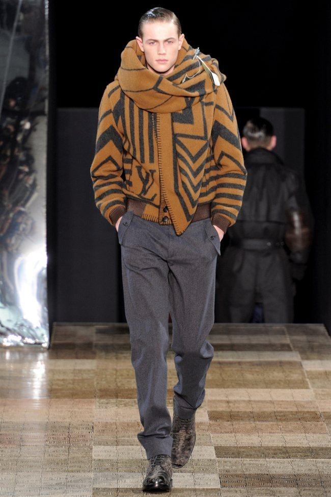 PARIS FASHION WEEK- Louis Vuitton Men's Fall 2012. www.imageamplified.com, Image Amplified7 (1)