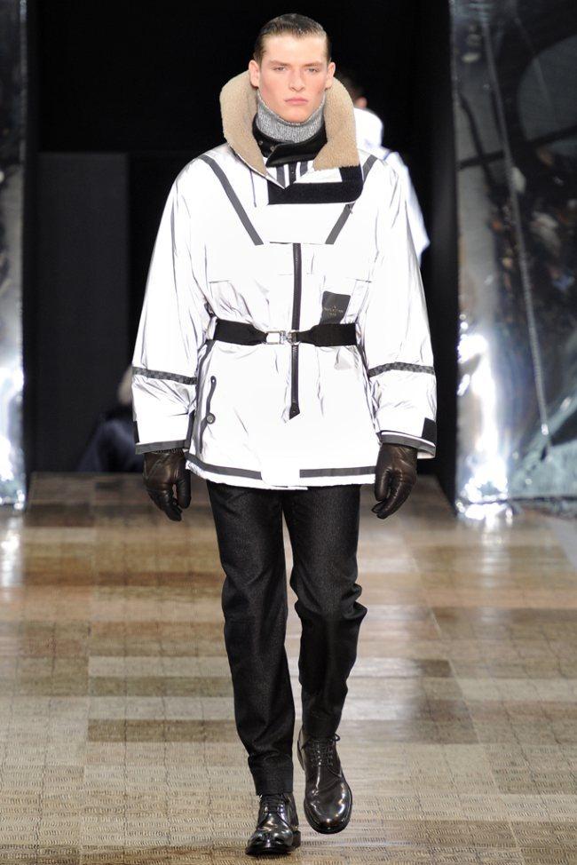 PARIS FASHION WEEK- Louis Vuitton Men's Fall 2012. www.imageamplified.com, Image Amplified7 (2)