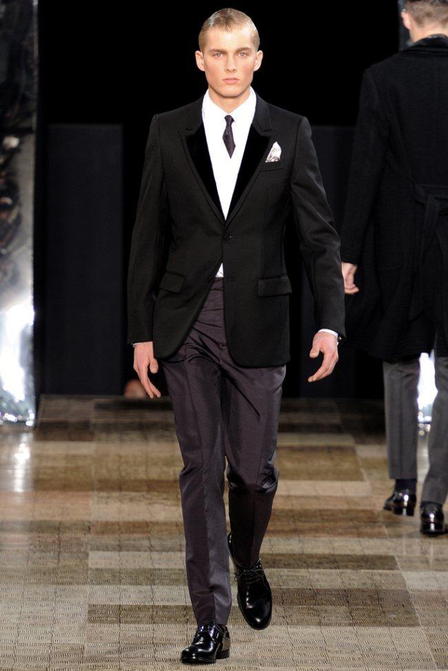 PARIS FASHION WEEK- Louis Vuitton Men's Fall 2012. www.imageamplified.com, Image Amplified9 (4)
