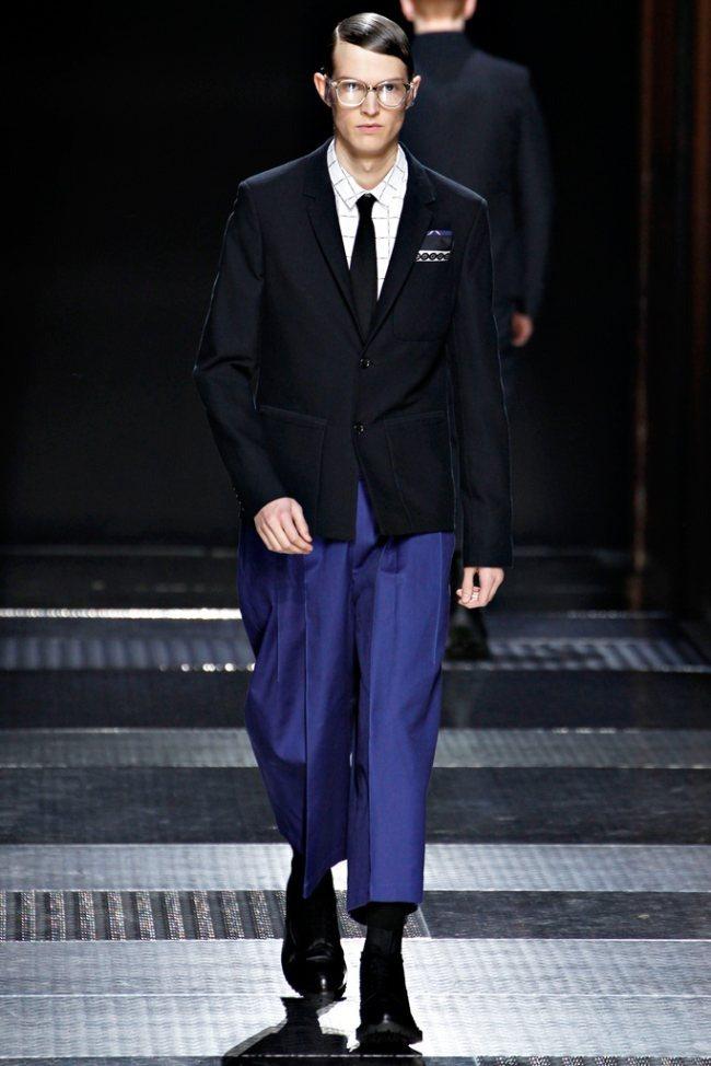 PARIS FASHION WEEK- Kris Van Assche Men's Fall 2012. www.imageamplified.com, Image Amplified6 (2)