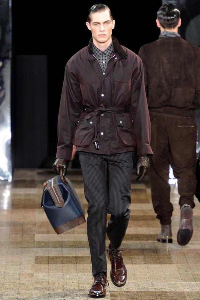 PARIS FASHION WEEK- Louis Vuitton Men's Fall 2012. www.imageamplified.com, Image Amplified4 (1)