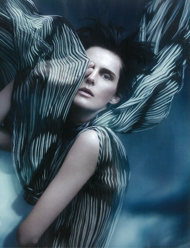 I-D MAGAZINE- Stella Tennant  in Gale-Force Winds Up to 80MPH, Feak Rain, Widespread Flooding by Sølve Sundsbø. Charlotte Stockdale, Spring 2012, www.imageamplified.com, Image Amplified9