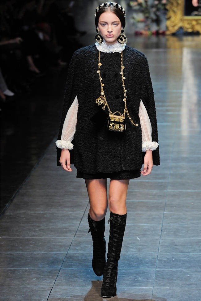 MILAN FASHION WEEK Dolce &  Gabbana Fall 2012. www.imageamplified.com, Image Amplified (5)