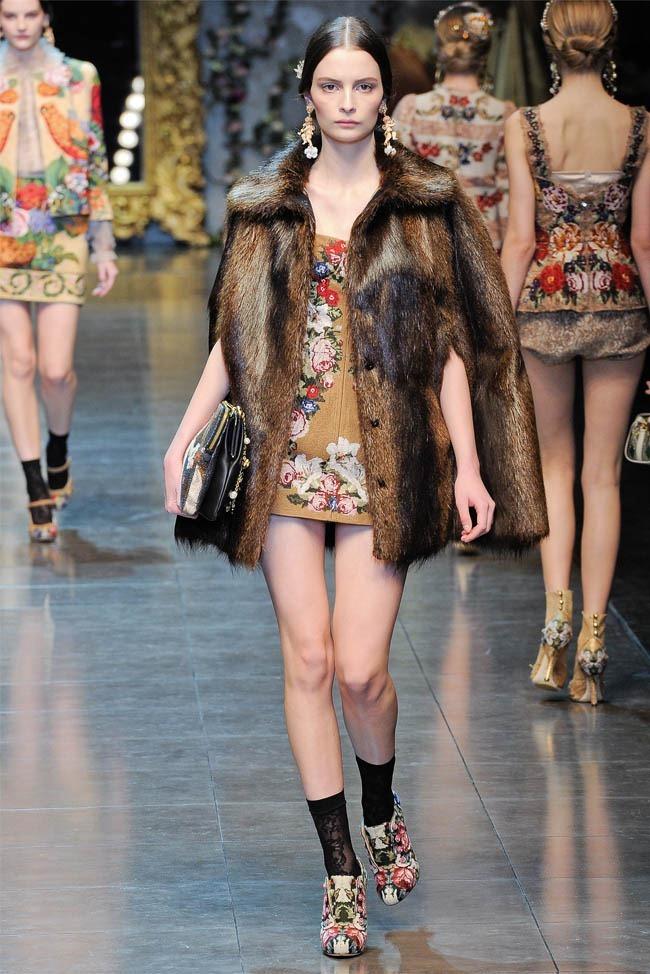 MILAN FASHION WEEK Dolce &  Gabbana Fall 2012. www.imageamplified.com, Image Amplified (23)