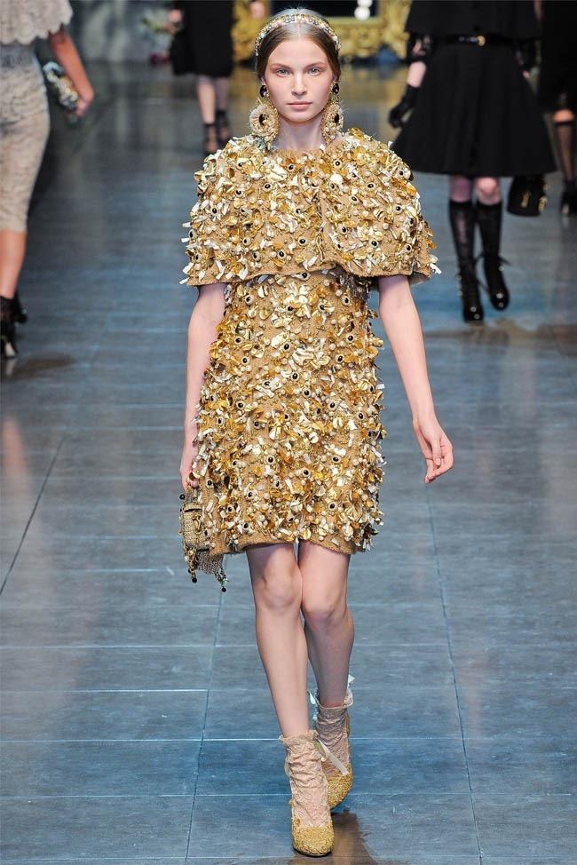 MILAN FASHION WEEK Dolce &  Gabbana Fall 2012. www.imageamplified.com, Image Amplified (25)