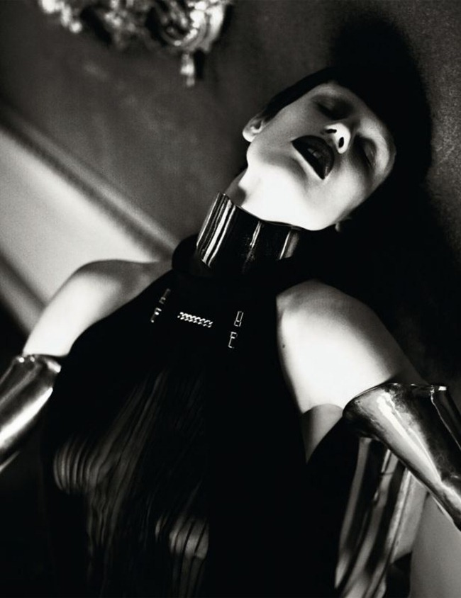 INTERVIEW MAGAZINE- Elise Crombez & Saskia de Brauw in Metal Headz by Mert & Marcus. Karl Templer, March 2012, www.imageamplified.com, Image Amplified3