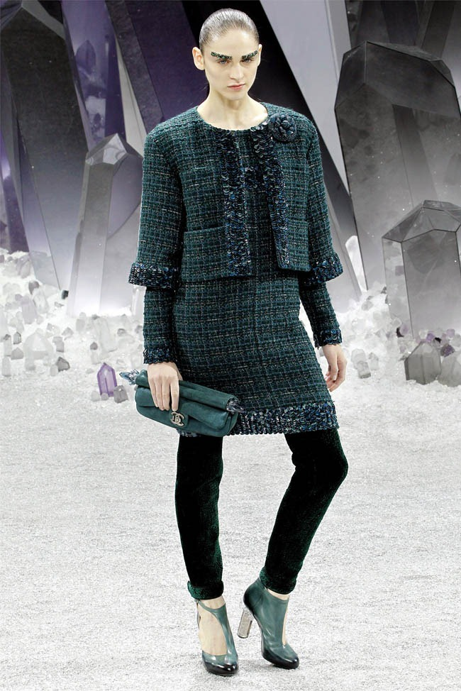 PARIS FASHION WEEK Chanel Fall 2012. www.imageamplified.com, Image Amplified (18)