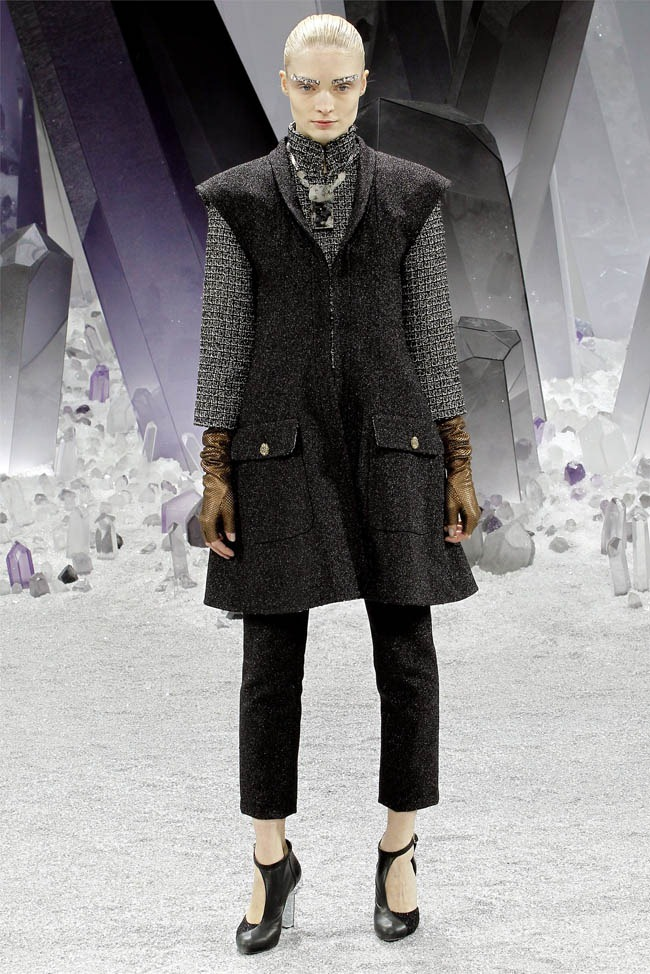 PARIS FASHION WEEK Chanel Fall 2012. www.imageamplified.com, Image Amplified (44)