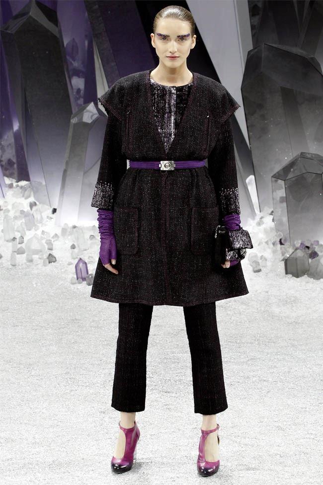 PARIS FASHION WEEK Chanel Fall 2012. www.imageamplified.com, Image Amplified (3)