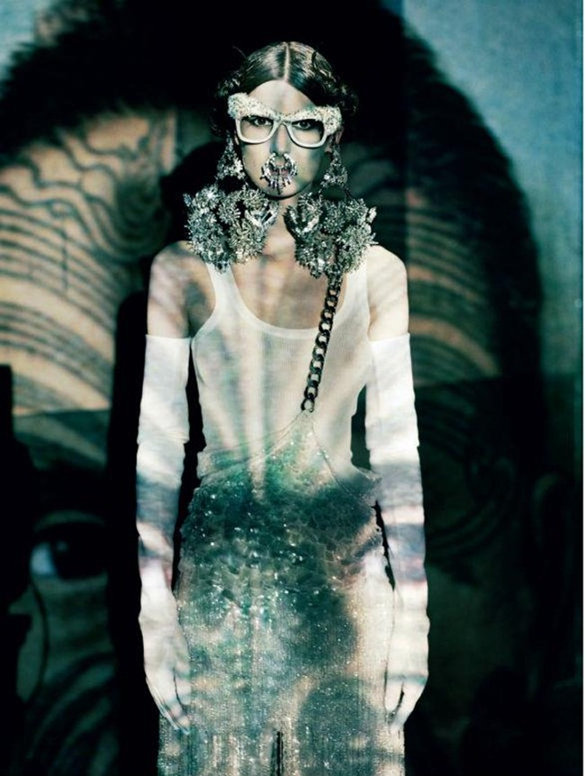 VOGUE ITALIA- Marie Piovesan in A Lady in Spring by Paolo Roversi. Panos Yiapanis, March 2012, www.imageamplified.com, Image Amplified2 (1)