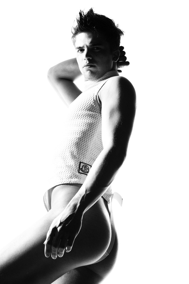 FEATURED MODEL River Viiperi by Arnaldo Anaya-Lucca. www.imageamplified.com, Image Amplified (3)