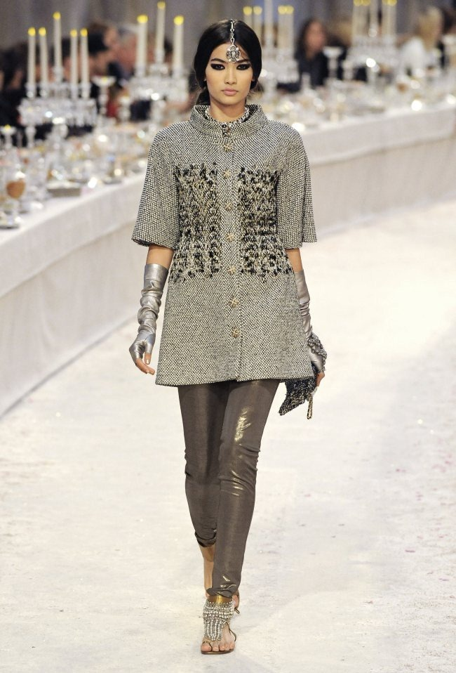RUNWAY- Chanel Pre-Fall 2012 Collection in Bombay. www.imageamplified.com, Image Amplified6 (4)