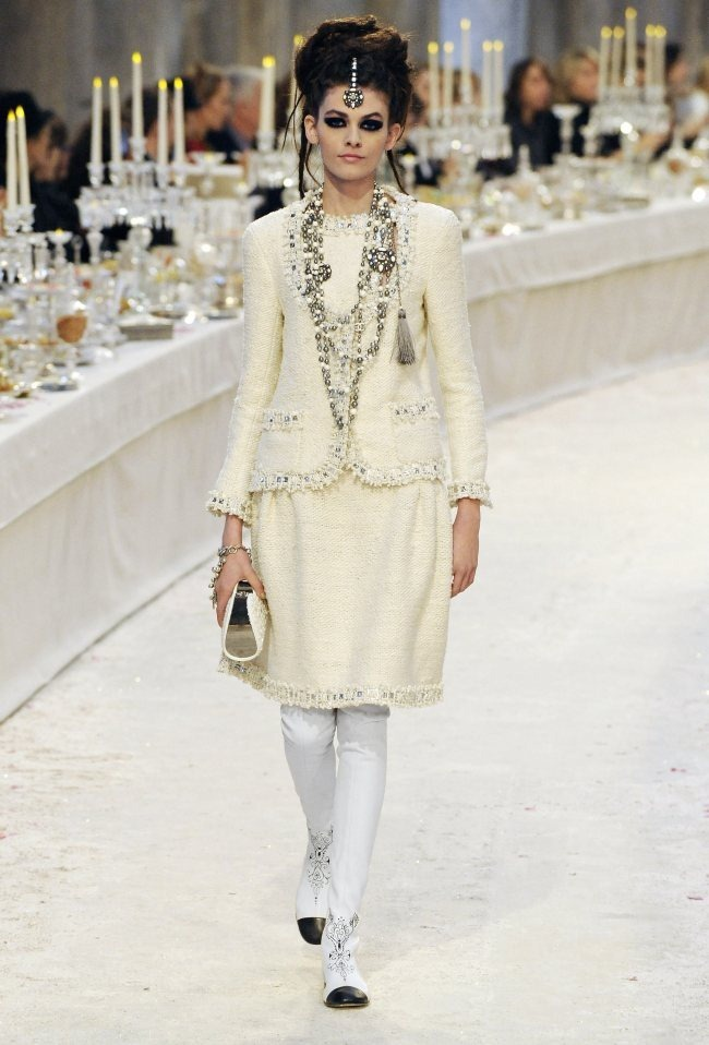 RUNWAY- Chanel Pre-Fall 2012 Collection in Bombay. www.imageamplified.com, Image Amplified6