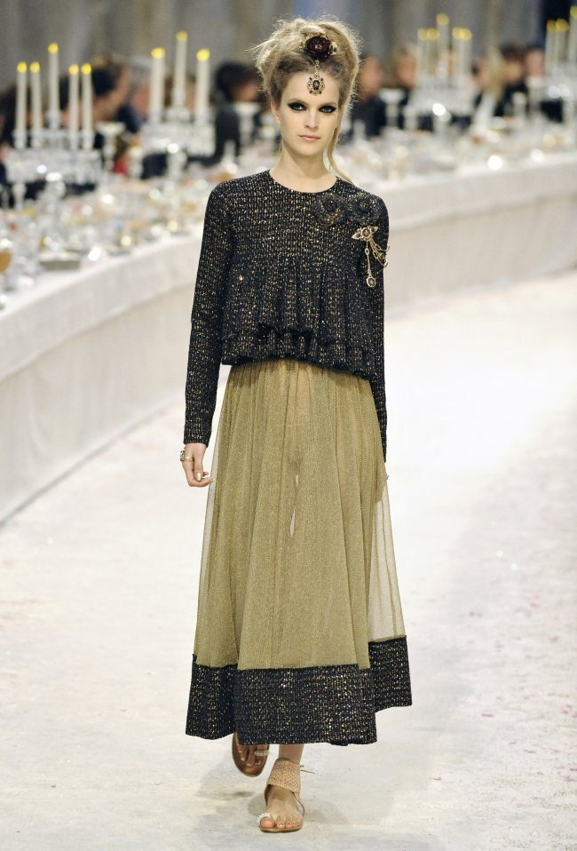 RUNWAY- Chanel Pre-Fall 2012 Collection in Bombay. www.imageamplified.com, Image Amplified5 (3)