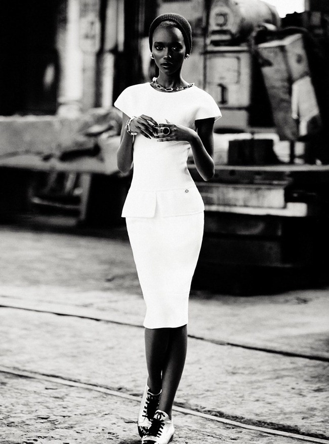 DRESS TO KILL- Herieth Paul in Lower East Side by Max Abadian. Cary Tauben, Winter 2011, www.imageamplified.com, Image Amplified7
