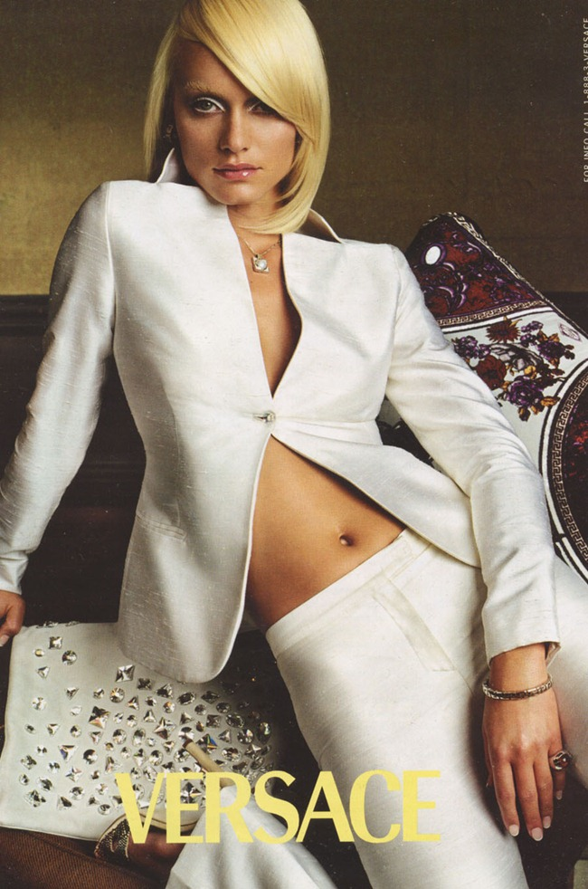 WE ♥ VERSACE- Amber Valletta for Versace Spring 2000 by Steven Meisel. www.imageamplified.com, Image Amplified7