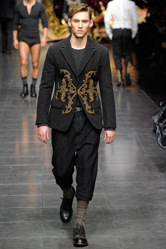 MILAN FASHION WEEK- Dolce & Gabbana Men's Fall 2012. www.imageamplified.com, Image Amplified5 (1)