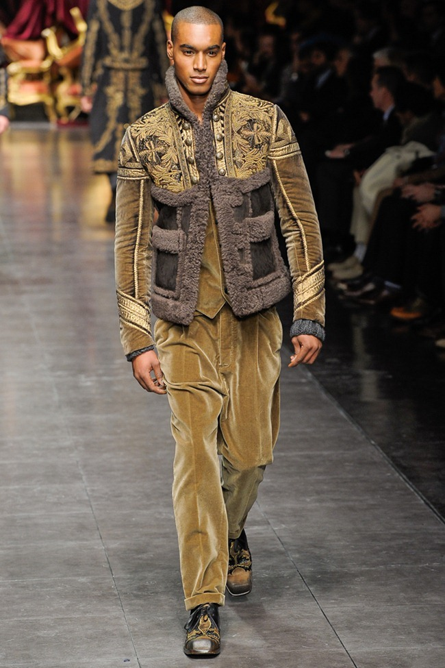MILAN FASHION WEEK- Dolce & Gabbana Men's Fall 2012. www.imageamplified.com, Image Amplified5 (7)