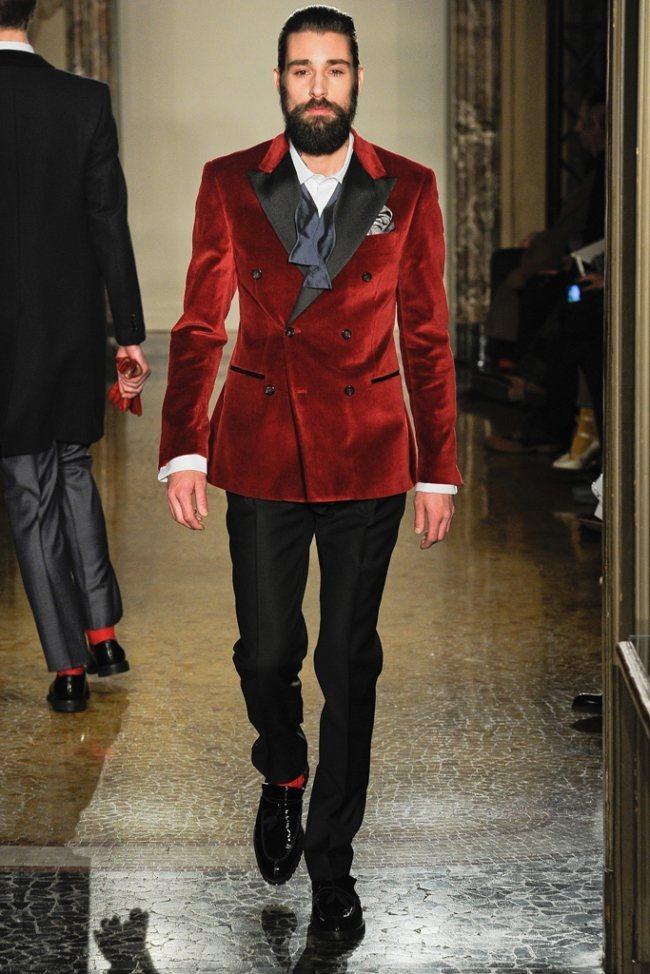 MILAN FASHION WEEK- Moschino Men's Fall 2012. www.imageamplified.com, Image Amplified5 (2)