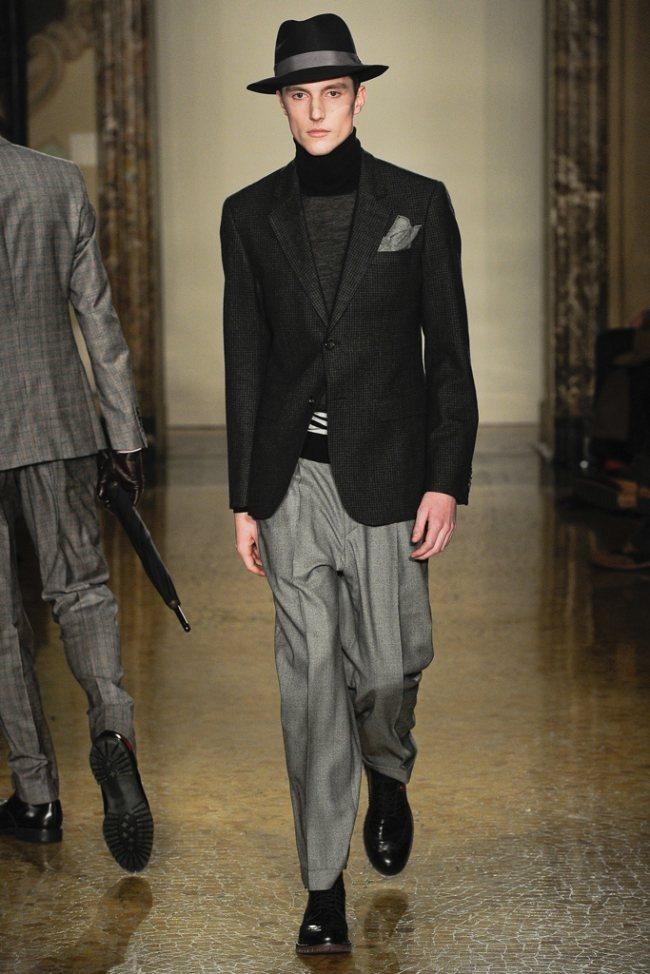 MILAN FASHION WEEK- Moschino Men's Fall 2012. www.imageamplified.com, Image Amplified1 (1)