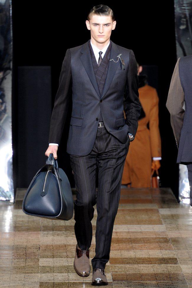 PARIS FASHION WEEK- Louis Vuitton Men's Fall 2012. www.imageamplified.com, Image Amplified4