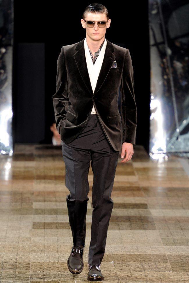 PARIS FASHION WEEK- Louis Vuitton Men's Fall 2012. www.imageamplified.com, Image Amplified6 (3)