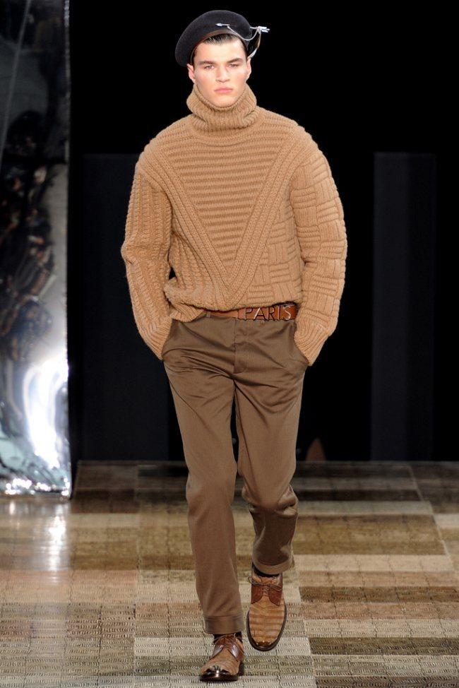 PARIS FASHION WEEK- Louis Vuitton Men's Fall 2012. www.imageamplified.com, Image Amplified7