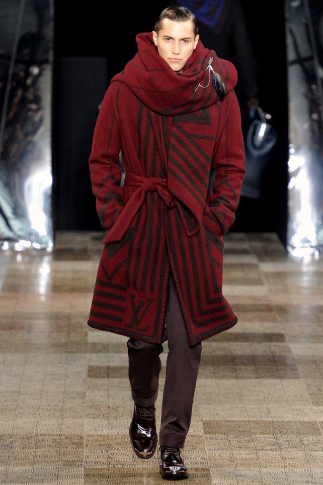 PARIS FASHION WEEK- Louis Vuitton Men's Fall 2012. www.imageamplified.com, Image Amplified8 (1)
