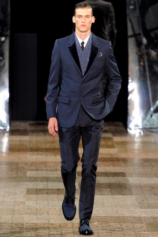 PARIS FASHION WEEK- Louis Vuitton Men's Fall 2012. www.imageamplified.com, Image Amplified8 (3)