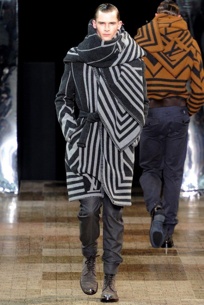 PARIS FASHION WEEK- Louis Vuitton Men's Fall 2012. www.imageamplified.com, Image Amplified9 (2)