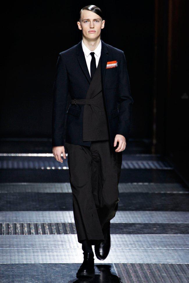 PARIS FASHION WEEK- Kris Van Assche Men's Fall 2012. www.imageamplified.com, Image Amplified5