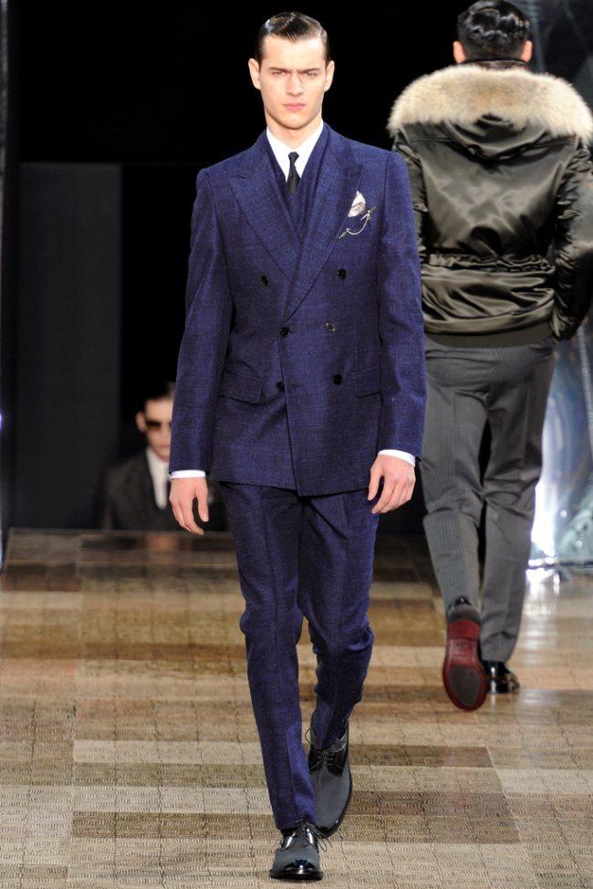 PARIS FASHION WEEK- Louis Vuitton Men's Fall 2012. www.imageamplified.com, Image Amplified1 (3)
