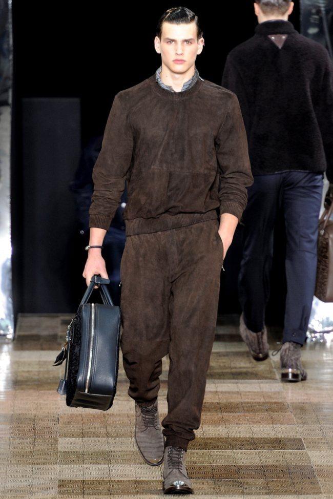 PARIS FASHION WEEK- Louis Vuitton Men's Fall 2012. www.imageamplified.com, Image Amplified2 (1)