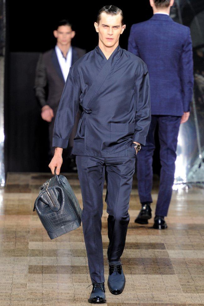 PARIS FASHION WEEK- Louis Vuitton Men's Fall 2012. www.imageamplified.com, Image Amplified3 (3)