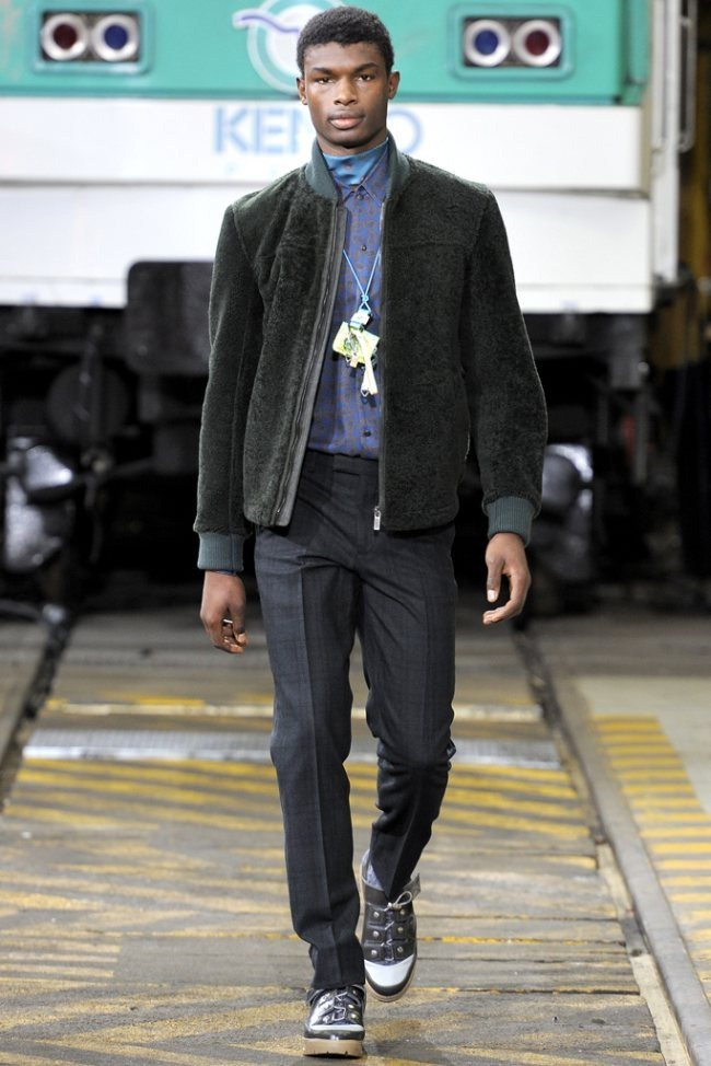 PARIS FASHION WEEK- Kenzo Men's Fall 2012. www.imageamplified.com, Image Amplified8 (2)