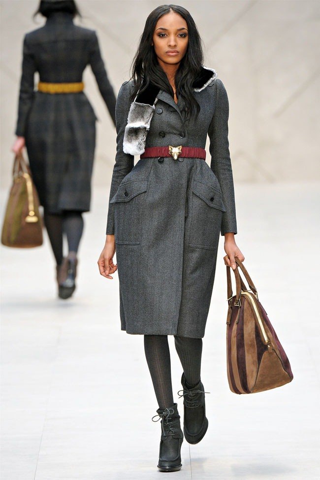 LONDON FASHION WEEK Burberry Fall 2012. www.imageamplified.com, Image Amplified (7)