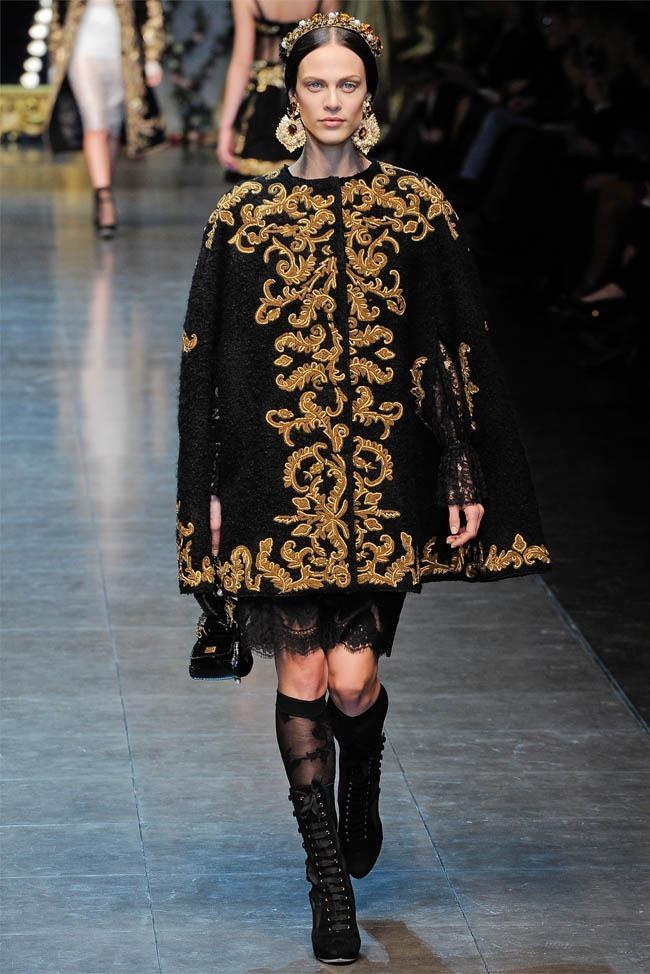 MILAN FASHION WEEK Dolce &  Gabbana Fall 2012. www.imageamplified.com, Image Amplified (1)