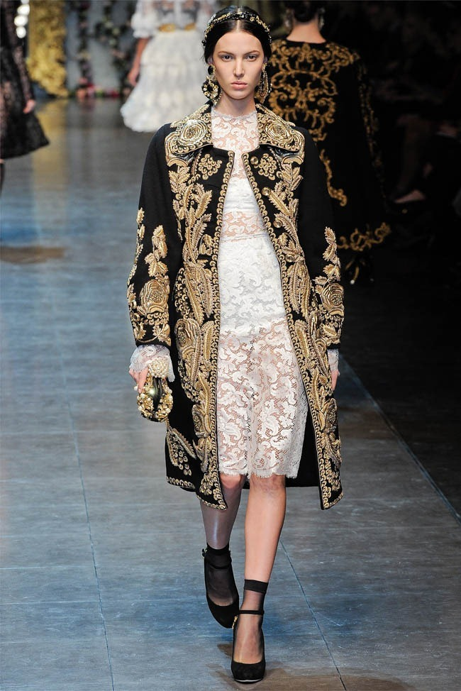 MILAN FASHION WEEK Dolce &  Gabbana Fall 2012. www.imageamplified.com, Image Amplified (2)