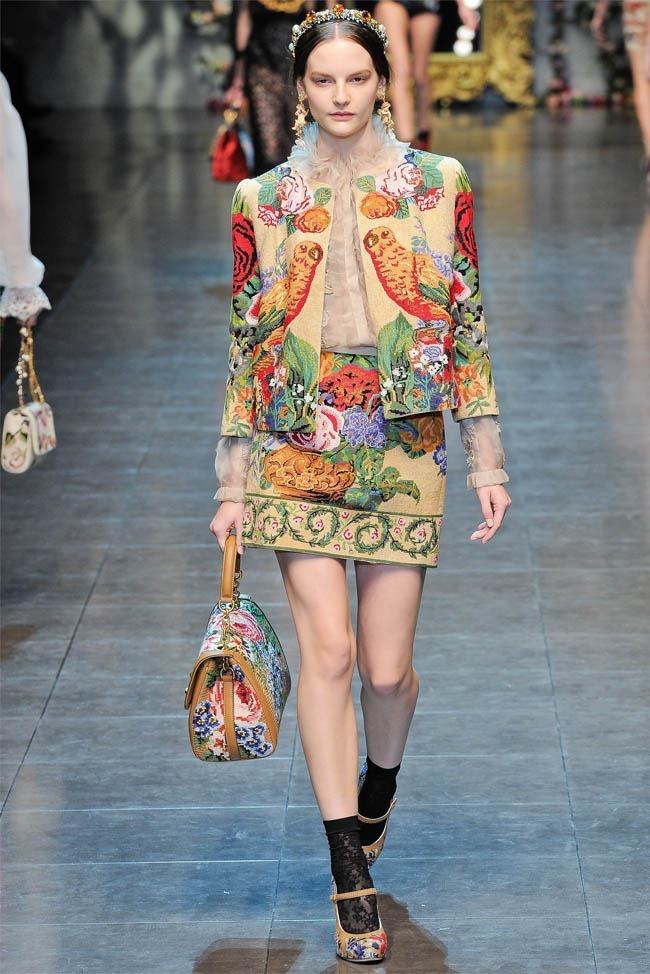MILAN FASHION WEEK Dolce &  Gabbana Fall 2012. www.imageamplified.com, Image Amplified (17)