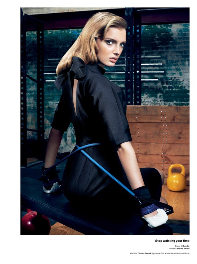V MAGAZINE Lily Donaldson in She Better Work (Out) by Sharif Hamza. Tom Van Dorpe, www.imageamplified.com, Image Amplified (6)