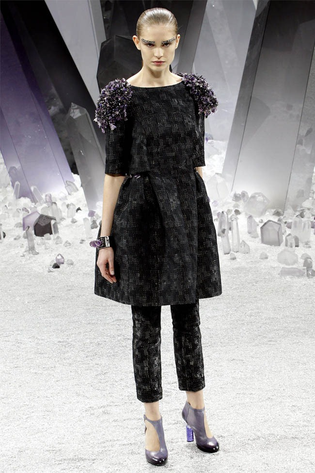 PARIS FASHION WEEK Chanel Fall 2012. www.imageamplified.com, Image Amplified (51)
