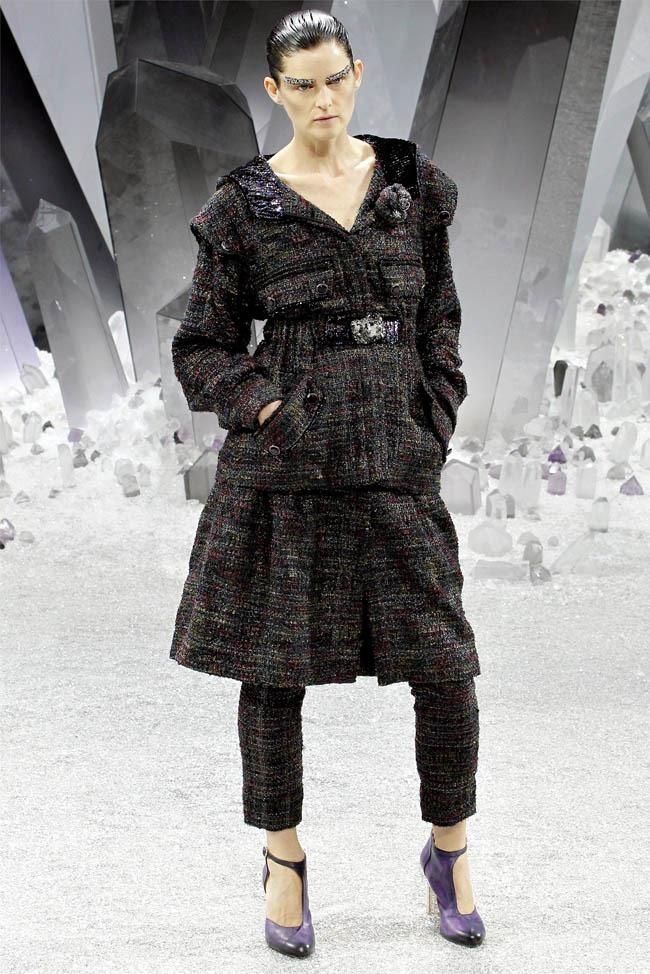 PARIS FASHION WEEK Chanel Fall 2012. www.imageamplified.com, Image Amplified (4)