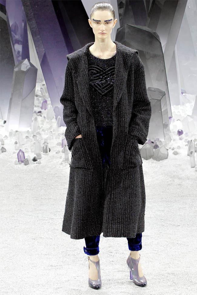 PARIS FASHION WEEK Chanel Fall 2012. www.imageamplified.com, Image Amplified (7)