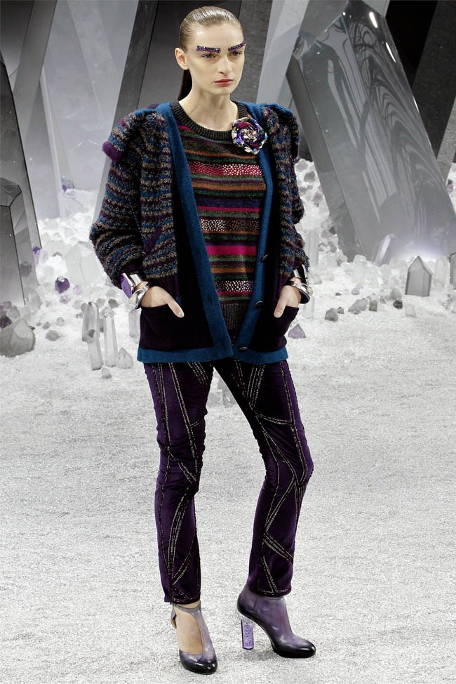 PARIS FASHION WEEK Chanel Fall 2012. www.imageamplified.com, Image Amplified (15)