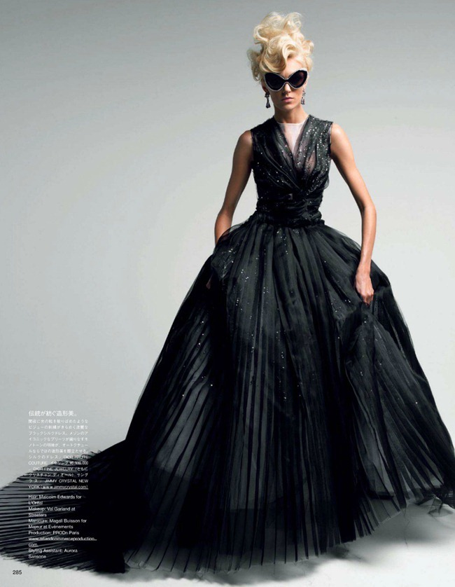 VOGUE JAPAN- Anja Rubik in Couture To Adore by Patrick Demarchelier. Anna Dello Russo, www.imageamplified.com, Image Amplified (7)