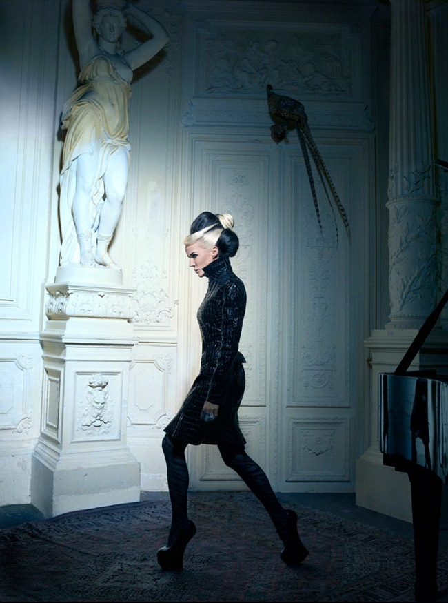 TATLER HONG KONG- Daphne Guinness by Markus   Indrani. GK Reid, www.imageamplified.com, Image Amplified (4)