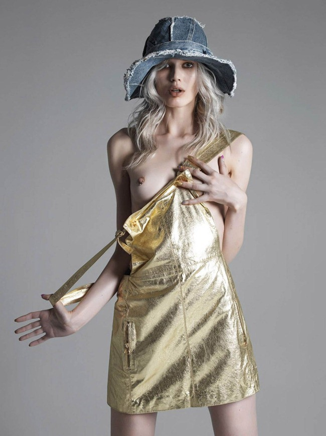 VOGUE HELLAS Alys Hale in Gold Plater by Costas Avgoulis. Giorgia Pantele, April 2012, www.imageamplified.com, Image Amplified (6)