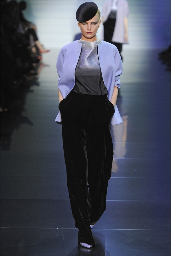 PARIS HAUTE COUTURE Giorgio Armani Privé Haute Couture Fall 2012. www.imageamplified.com, Image Amplified (2)